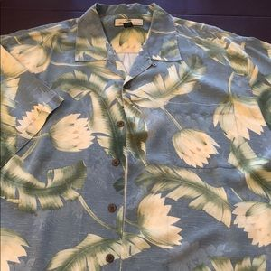Tommy Bahama Silk Men's XL textured wooden buttons